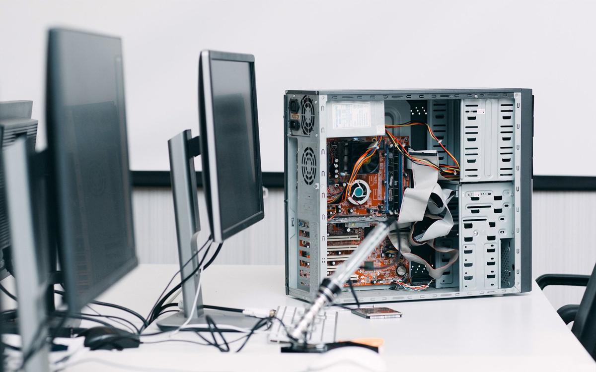 Computer-repair-services-ganpatiinfotech 1200x75